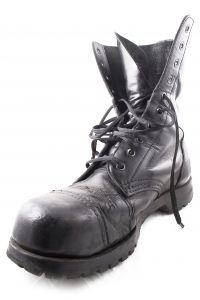 Steel obuv