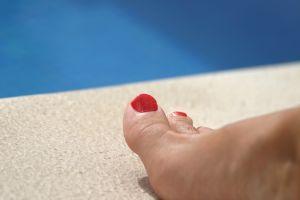 Nechty na nohách